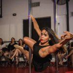 Animacion con pole dance depsedida de soltera